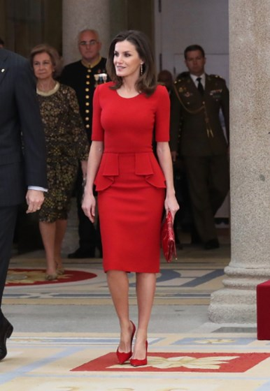 Letizia arrasa de vermelho nos National Sports Awards